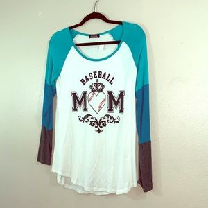Long sleeve Baseball Mom tee size S!